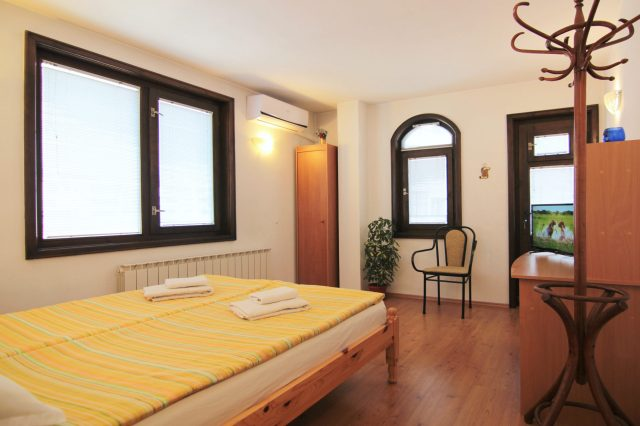 Rental apartment №3- 4 bedroom 3 terraces